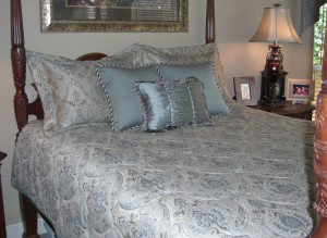 Custom Bedding Duvet Vs Comforter Vs Bedspread What S The